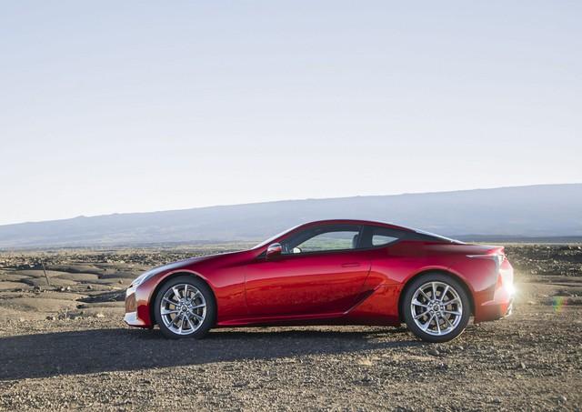 Lexus chuẩn bị nâng cấp LC Coupe nhằm đối đầu Mercedes S-Coupe - Ảnh 6.