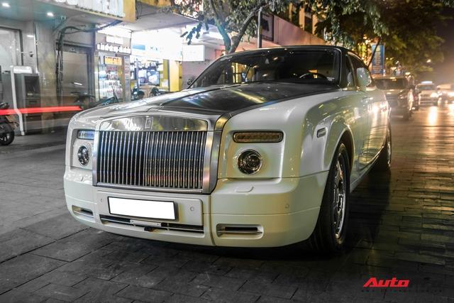 Hàng hiếm Rolls-Royce Phantom Drophead Coupe tái xuất: Logo phía sau là chi tiết đáng chú ý - Ảnh 10.