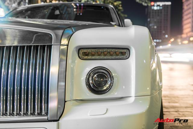 Hàng hiếm Rolls-Royce Phantom Drophead Coupe tái xuất: Logo phía sau là chi tiết đáng chú ý - Ảnh 5.