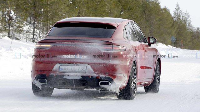 Porsche Cayenne tiếp tục có phiên bản mới, mạnh nhất từ trước tới nay? - Ảnh 2.