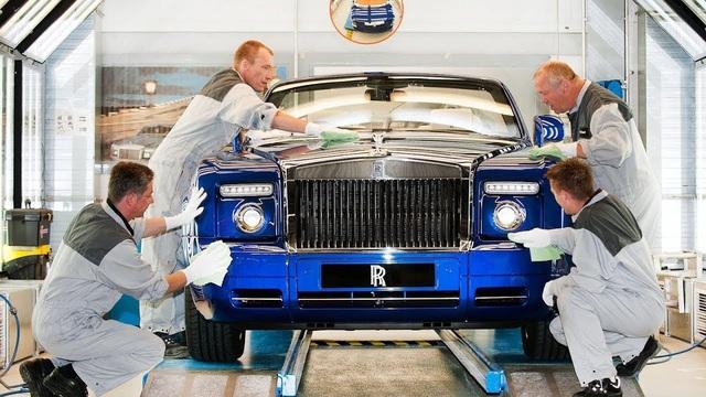 Rolls-Royce khởi động lại nhà máy đúng ngày sinh nhật, các đại gia vẫn 'vung' tiền mua đều