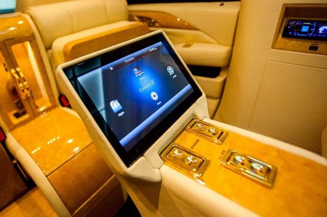 Cadillac Escalade ngoài bọc thép, trong dát vàng giá 500.000 USD cùng 5 bản độ chất ngất khác làm siêu lòng giới siêu giàu  - Ảnh 12.
