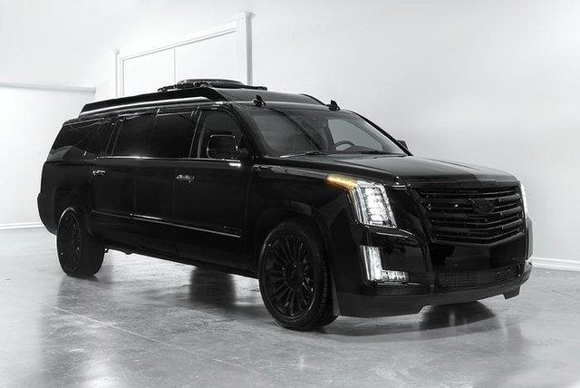 Cadillac Escalade ngoài bọc thép, trong dát vàng giá 500.000 USD cùng 5 bản độ chất ngất khác làm siêu lòng giới siêu giàu  - Ảnh 13.