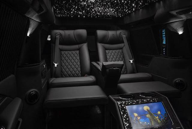 Cadillac Escalade ngoài bọc thép, trong dát vàng giá 500.000 USD cùng 5 bản độ chất ngất khác làm siêu lòng giới siêu giàu  - Ảnh 17.