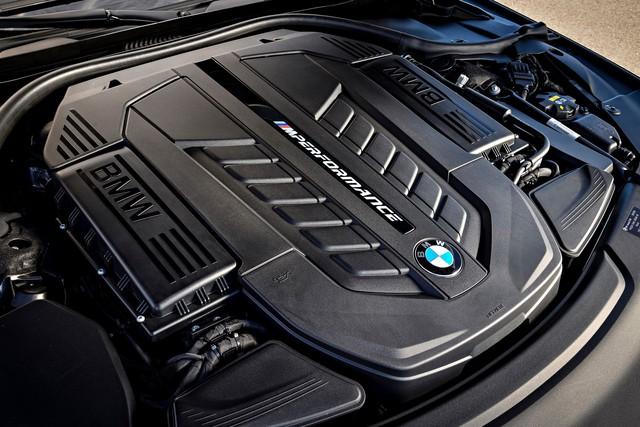 BMW M760Li nhận giấy báo tử sớm hơn dự kiến - 7-Series mất đi bản đỉnh cao nhất - Ảnh 1.