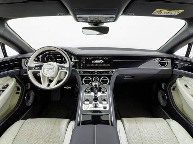 Bentley Continental GT V8 đầu tiên Việt Nam về tay đại gia Sài Gòn, logo bánh xe tiết lộ điều đặc biệt - Ảnh 3.