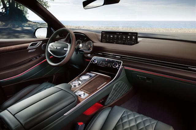 Genesis GV80 hút khách không tưởng với 10.000 đơn mua trước ngày mở bán, tạo sức ép cho Mercedes-Benz GLE và BMW X5 - Ảnh 2.