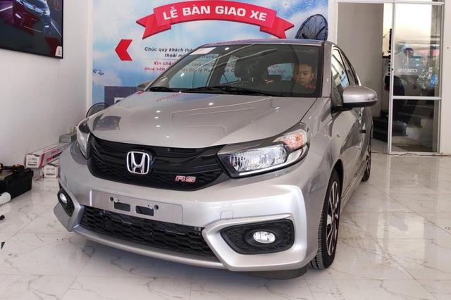 Honda Brio giảm kỷ lục 40 triệu đồng để xả hàng tồn: Giá chạm đáy mới tại Việt Nam, ngang ngửa Kia Morning và Hyundai Grand i10 - Ảnh 1.