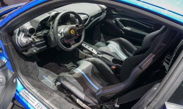 Ferrari F8 Tributo chào hàng đại gia Việt, giải đáp thắc mắc số tiền mua xe của Cường 'Đô-la' - Ảnh 5.