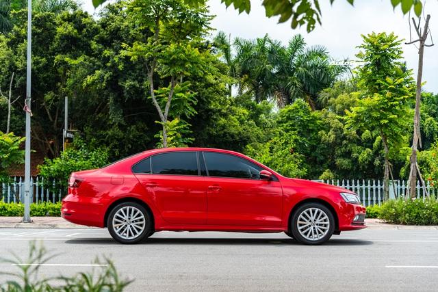 'Toyota Altis của người Đức' bán lại giá 800 triệu đồng: Vừa đi 1 năm, ODO chỉ 11.000km - Ảnh 4.