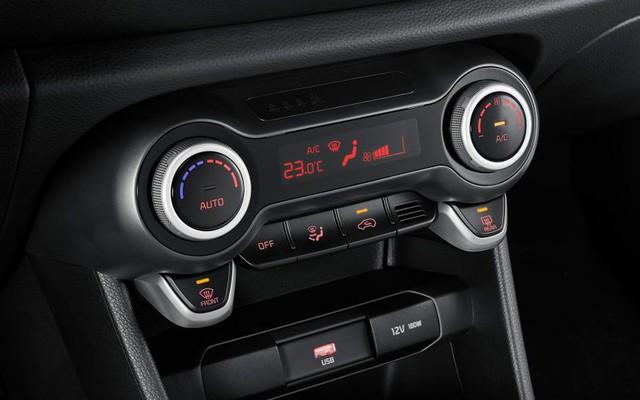 Trời nắng nóng, làm sao để giảm nhiệt cho ô tô khi đỗ ngoài trời? - Ảnh 3.