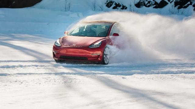 Những bài học thoát khủng hoảng của Tesla mà các ông lớn ngành xe cũng nên tham khảo - Ảnh 3.