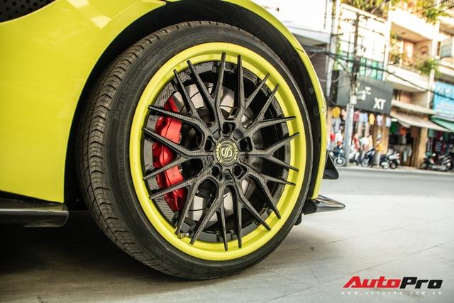 Đại gia Hoàng Kim Khánh đem siêu phẩm Aston Martin V8 dạo phố Sài Gòn sau loạt nâng cấp đáng giá - Ảnh 2.