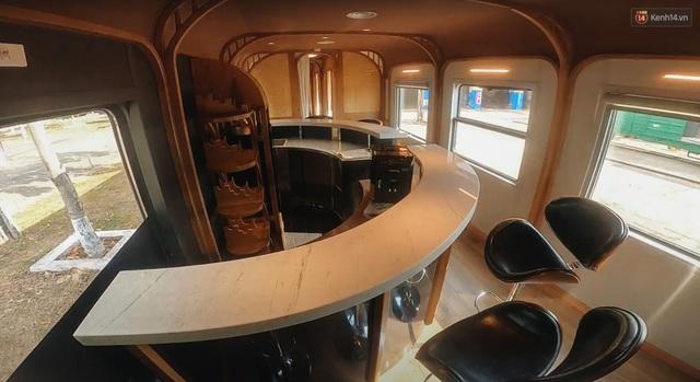 Cận cảnh toa tàu lửa có quầy bar và ghế massage thư giãn đầu tiên ở Việt Nam sắp đón khách - Ảnh 12.