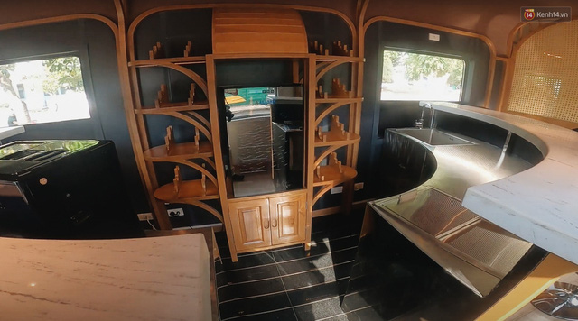 Cận cảnh toa tàu lửa có quầy bar và ghế massage thư giãn đầu tiên ở Việt Nam sắp đón khách - Ảnh 8.