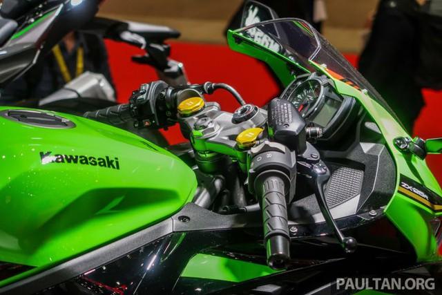 Kawasaki ZX-25R 2020 lộ diện với nhiều thay đổi ấn tượng - Ảnh 5.