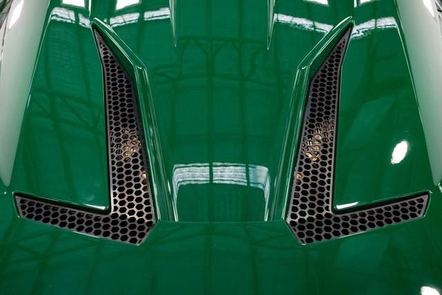 Brabham bàn giao siêu xe BT62 Competition đầu tiên cho khách hàng - Ảnh 10.