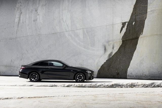 Mercedes-Benz E-Class 2021 phiên bản xe chơi ra mắt, lộ diện cả bản hiệu năng cao E53 AMG - Ảnh 3.