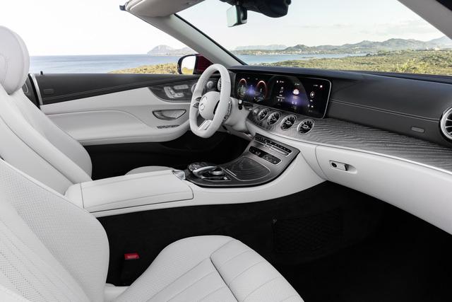 Mercedes-Benz E-Class 2021 phiên bản xe chơi ra mắt, lộ diện cả bản hiệu năng cao E53 AMG - Ảnh 6.