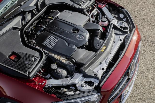 Mercedes-Benz E-Class 2021 phiên bản xe chơi ra mắt, lộ diện cả bản hiệu năng cao E53 AMG - Ảnh 10.