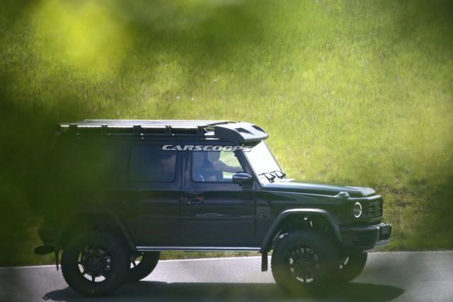Mercedes-Benz G550 4x42 bất ngờ có thế hệ thứ 2 và đây là những tiết lộ đầu tiên - Ảnh 1.