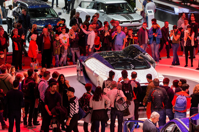 Còn chưa hết nửa năm 2020 nhưng triển lãm xe lớn nhất thế giới đầu năm 2021 đã gần như bị huỷ - Ảnh 1.