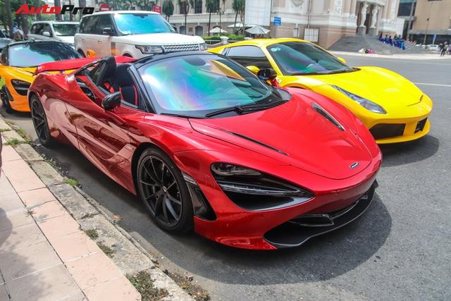 Cận cảnh siêu phẩm McLaren 720S Spider màu đỏ độc nhất Việt Nam  - Ảnh 2.