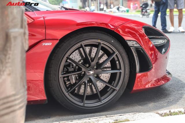 Cận cảnh siêu phẩm McLaren 720S Spider màu đỏ độc nhất Việt Nam  - Ảnh 5.