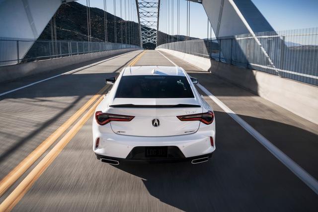 Ra mắt Acura TLX 2021 - Honda Accord hạng sang đấu Mercedes-Benz C-Class  - Ảnh 6.