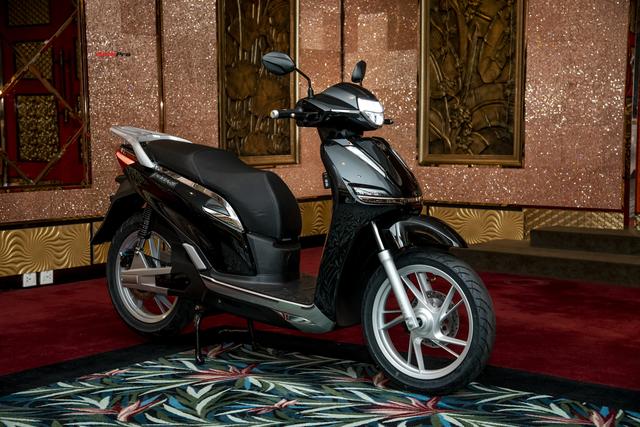 Hậu đổi tên, xe máy điện PEGA nhái Honda SH hạ giá 5,5 triệu đồng, cho khách thử 7 ngày rồi trả lại nếu không ưng - Ảnh 4.
