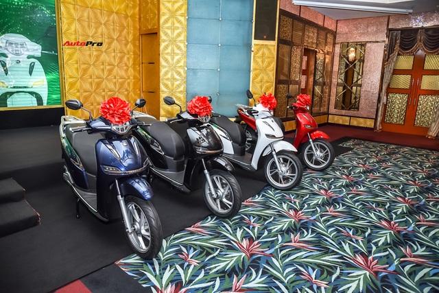 Hậu đổi tên, xe máy điện PEGA nhái Honda SH hạ giá 5,5 triệu đồng, cho khách thử 7 ngày rồi trả lại nếu không ưng - Ảnh 2.