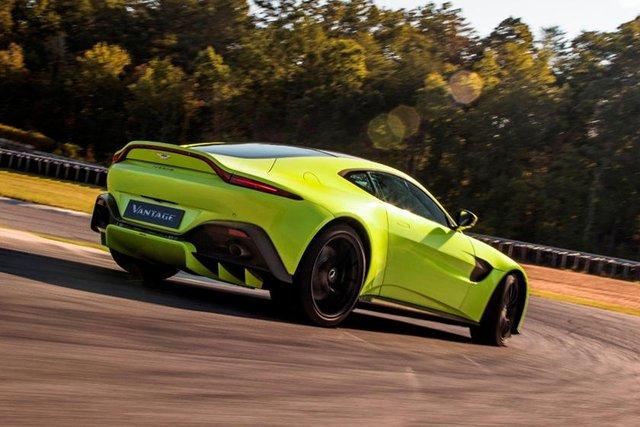 Aston Martin kéo dài thời gian bảo dưỡng xe trên toàn cầu, trong đó có Việt Nam nhưng có cách làm khác với Trung Quốc - Ảnh 1.