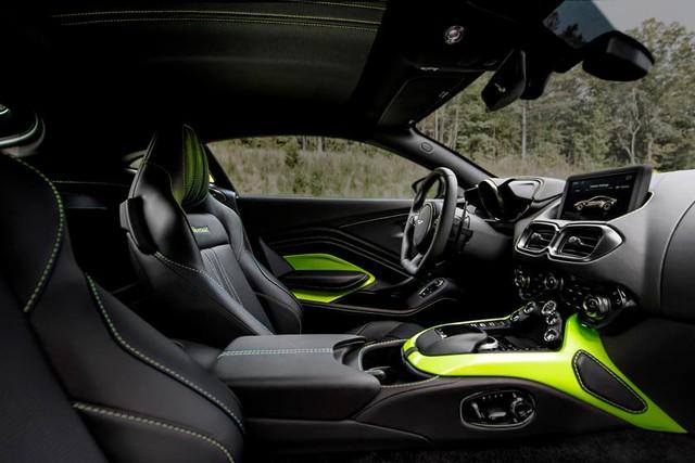 Aston Martin kéo dài thời gian bảo dưỡng xe trên toàn cầu, trong đó có Việt Nam nhưng có cách làm khác với Trung Quốc - Ảnh 3.