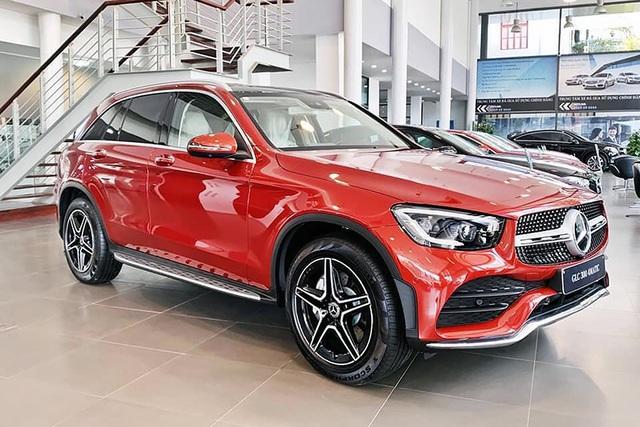 12 dòng Mercedes-Benz tại Việt Nam tăng giá đến hơn trăm triệu nhưng 8 dòng được ưu đãi tới gần 300 triệu đồng - Ảnh 2.
