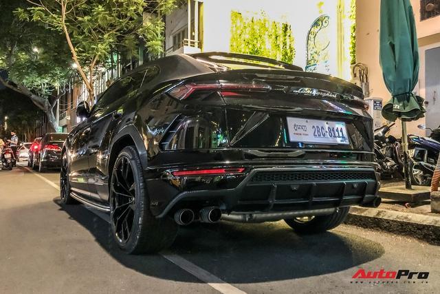 Lamborghini Urus biển số lạ xuất hiện tại Sài Gòn với một chi tiết khác biệt với những chiếc còn lại tại Việt Nam - Ảnh 4.