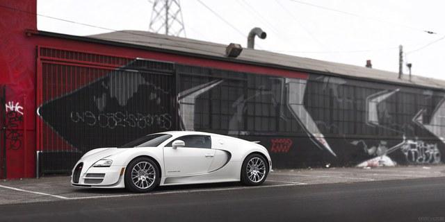 Thế hệ Bugatti Veyron thứ 2 đã ra mắt, chẳng qua chúng ta không biết rõ mà thôi? - Ảnh 1.