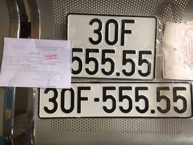 Sau hơn một năm, Hyundai Santa Fe biển ngũ quý 5 tại Hà Nội vẫn đắt hơn Mercedes-Benz GLC 200 mới tinh - Ảnh 3.