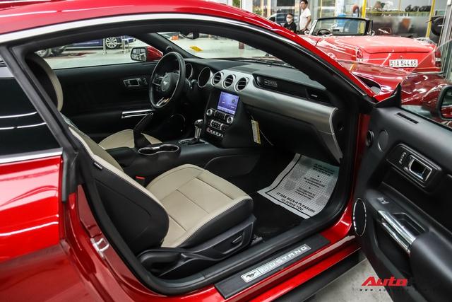 Bóc tách loạt trang bị độc đáo trên Ford Mustang 2020 vừa về nước, một chi tiết dễ gây nhầm lẫn - Ảnh 6.