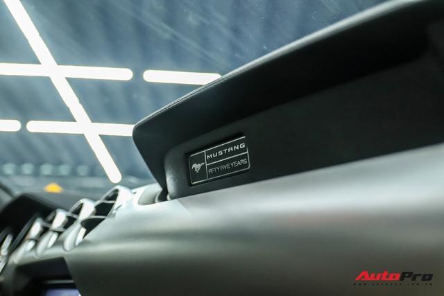 Bóc tách loạt trang bị độc đáo trên Ford Mustang 2020 vừa về nước, một chi tiết dễ gây nhầm lẫn - Ảnh 8.
