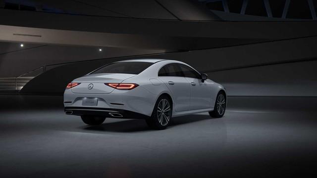 Lộ diện Mercedes-Benz CLS với động cơ tí hon, giá hứa hẹn sẽ rẻ - Ảnh 2.