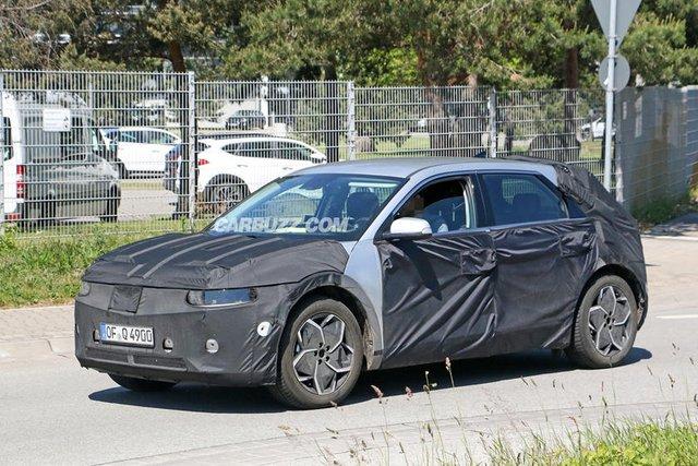 Nhận được nhiều phản hồi tích cực, Hyundai chuẩn bị giới thiệu mẫu xe mới mang thiết kế tuyệt đẹp - Ảnh 1.