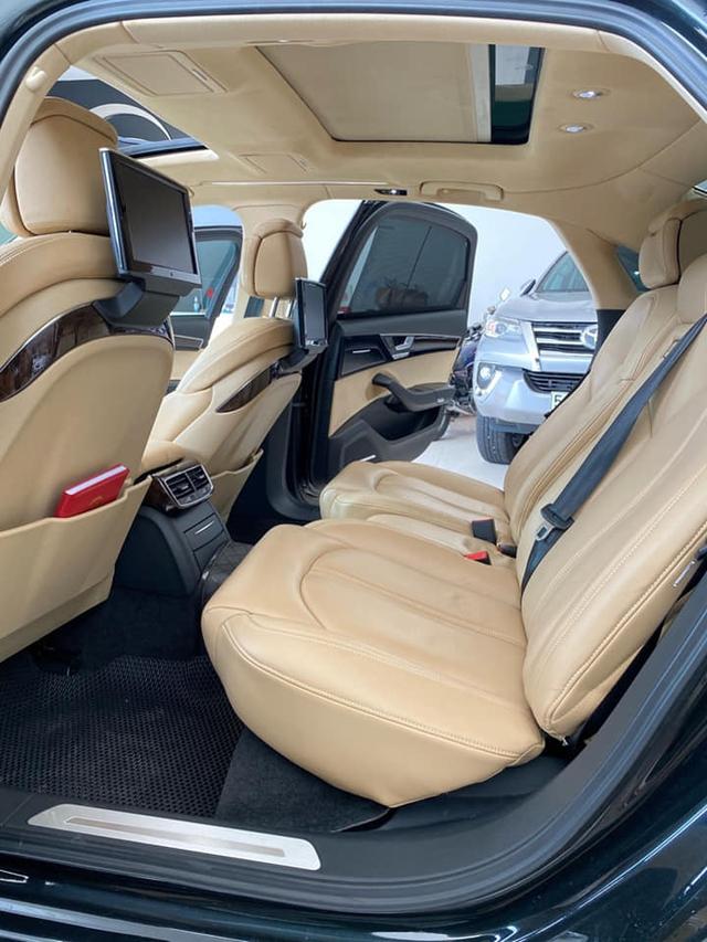 Qua thời đỉnh cao, Audi A8L bán lại chỉ 1,5 tỷ đồng dù treo biển thần tài nhỏ, thần tài lớn - Ảnh 4.