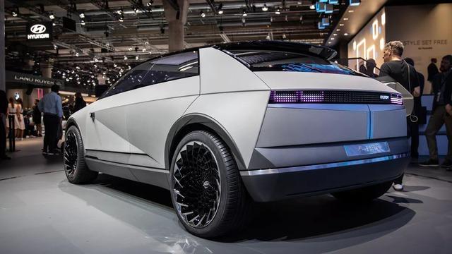 Nhận được nhiều phản hồi tích cực, Hyundai chuẩn bị giới thiệu mẫu xe mới mang thiết kế tuyệt đẹp - Ảnh 6.