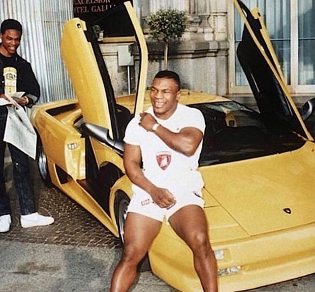 Chất ngất trước thú sưu tập siêu xe của huyền thoại Mike Tyson: Toàn hàng xịn và độc, trong đó xuất hiện một chiếc cả thế giới chỉ Quốc vương Brunei mới có - Ảnh 2.