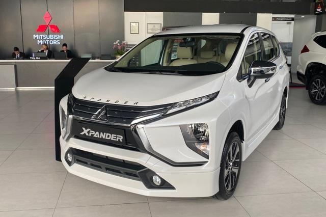 Mitsubishi Xpander bán vượt Suzuki Ertiga và XL7 cộng lại, bỏ xa doanh số bộ 3 xe 7 chỗ của Toyota - Ảnh 1.