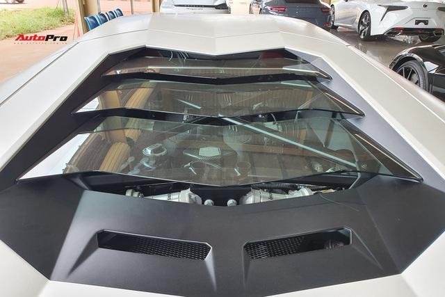Thêm Lamborghini Aventador mới về Việt Nam: Siêu mới, chạy chỉ hơn 170 km/năm - Ảnh 4.