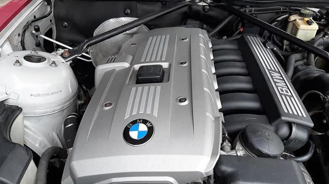 Bán 738 triệu bị chê đắt, chủ xe Việt đặt cốc nước đầy lên động cơ BMW Z4 để minh chứng chất lượng sau 16 năm tuổi - Ảnh 2.
