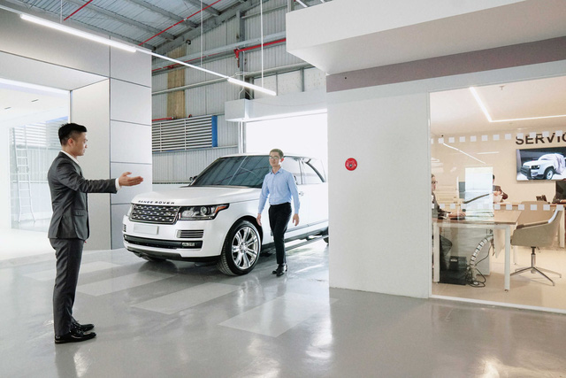 Jaguar Land Rover Việt Nam kiểm tra xe miễn phí, giảm 20% giá dịch vụ và phụ tùng - Ảnh 2.
