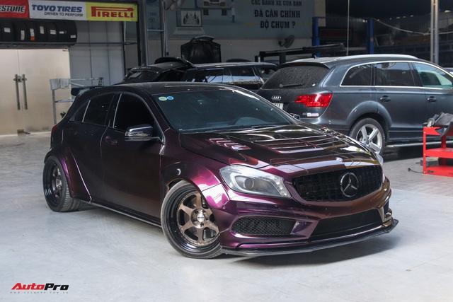 Thợ Việt lột xác Mercedes-AMG A 45 với gói độ tăng gần 120 mã lực, trần xe bầu trời sao như Rolls-Royce - Ảnh 2.