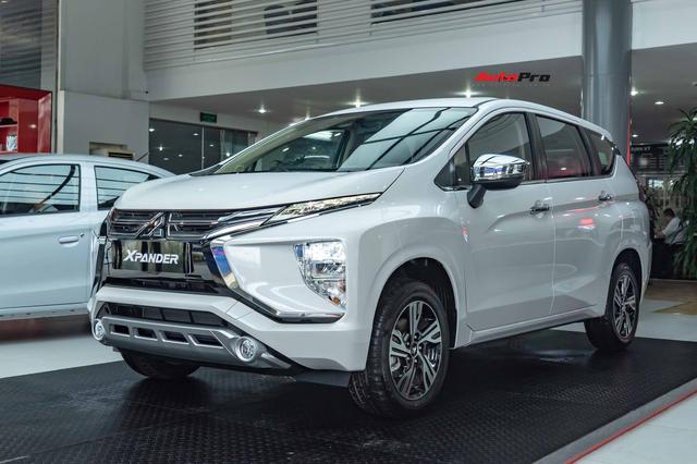Mitsubishi Xpander bán vượt Suzuki Ertiga và XL7 cộng lại, bỏ xa doanh số bộ 3 xe 7 chỗ của Toyota - Ảnh 3.